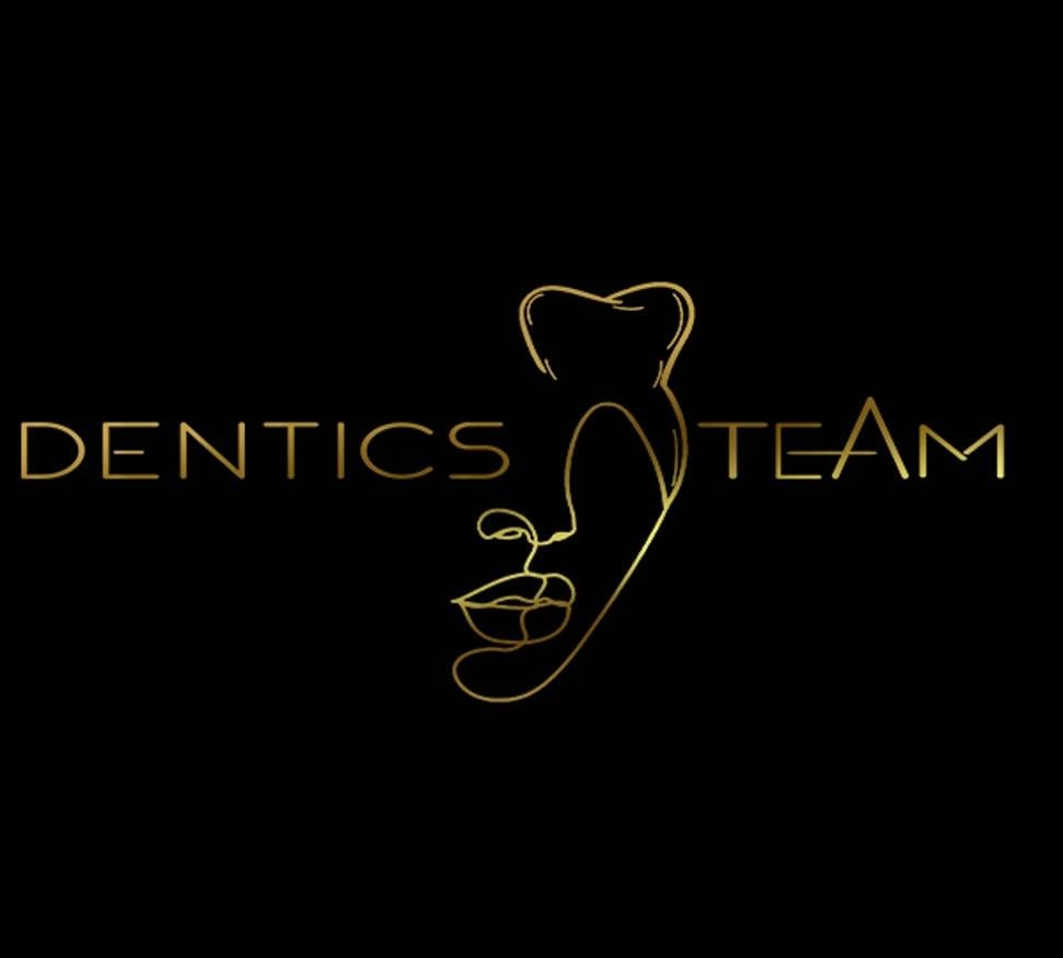 Clinica Dentics Team